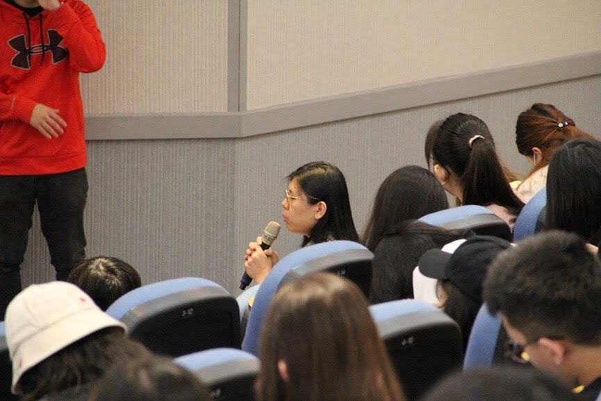 同學們提出對社群電商的相關問題